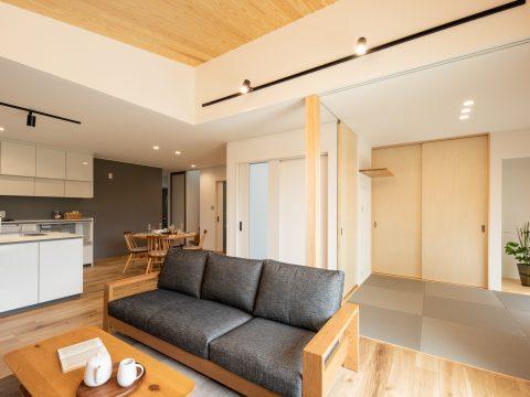 三世代が暮らす快適で明るい家